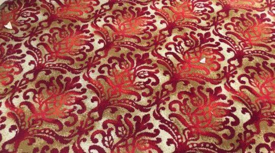 X. RIGHT ROYAL RED VINTAGE CARPET